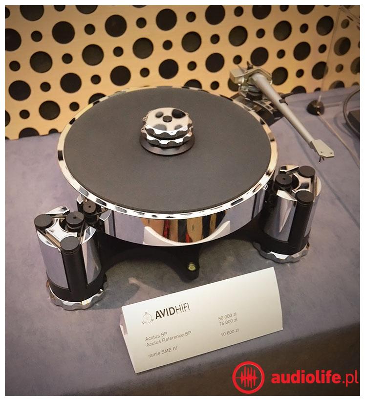Gramofon Avid Acutus