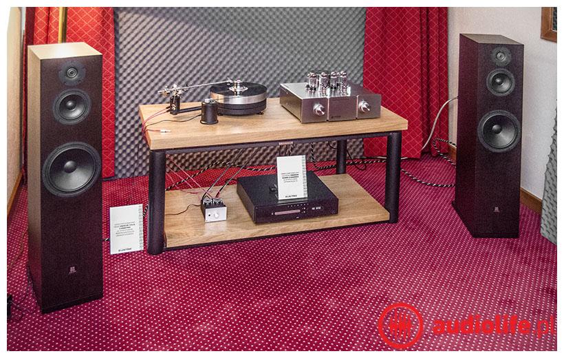 system firmy unitra, gramofon, kolumny, wzmacniacz